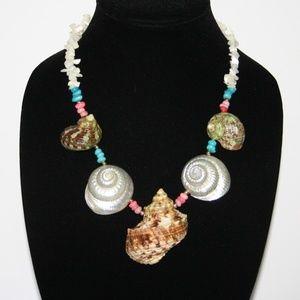 "Stunning vintage beach sea shell necklace 20"""